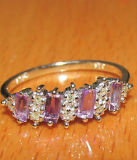 BEAUTIFUL SECONDHAND 9ct WHITE GOLD AMETHYST AND DIAMOND BAND RING SIZE P
