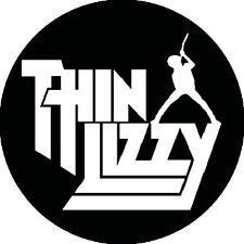 CHAPA/BADGE THIN LIZZY Logo . pin button phil lynott johnny thunders hard rock