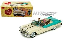 SUN STAR 1:18 I LOVE LUCY 1955 PONTIAC STAR CHIEF 5057