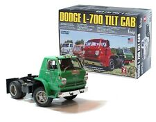 LINDBERG DODGE L-700 TILT CAB 1:25 SCALE TRUCK MODEL KIT NEW IN BOX
