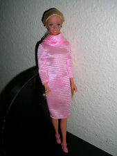 barbie blonde cheveux très longs collection ancienne par Mattel