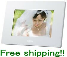 SONY Digital Photo Frame DPF-D720/W White 7.0 inch built-in memory 2GB F/S NEW!