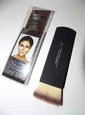 it Cosmetics Heavenly Luxe You Sculpted Contour & Highlight Brush # 18 Brand New