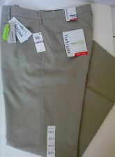 NWT VanHuesen Ecooyager Straight Fit Pants Wrinkle Free Size W38 L34 MSRP$75.00