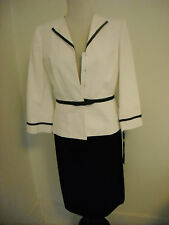 NWT Tahari Skirt Suit in Black Skirt White Jacket Size 4