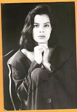 Marcia Gay Harden-signed photo-28 a