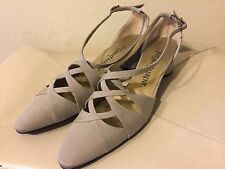 VTG Yves Saint Laurent Women's Vintage Neutral Gray Shoes size 7.5 YSL