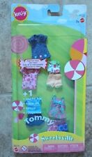 Barbie Kelly Club & Tommy Fashion Clothing - NIP - 2003 - Sweetsville/ 5 outfits