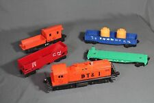 LIONEL O 027 Scale DT&I SW1 DIESEL SWITCHER Engine with Misc Cars