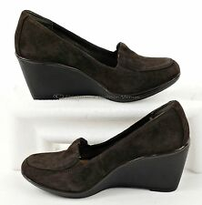 I7 Clarks Shoes Size 6 M Brown Suede Leather Womens Loafers Wedge