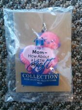 Avon Gift collection Valentine pals keychain Mom How about a little hug octopus
