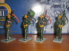 Britains set 40268 The Gurkha Contingent Pipe Band Set 3