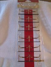 "TRAIN GARDEN VILLAGE HOUSE  "" 7pc ROPED OFF RED CARPET "" + DEPT 56/LEMAX info"