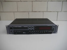 Tascam CD-RW901 Professional CD Rekorder Recorder Player