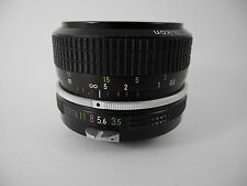 NIKON 28/3.5 NIKKOR  NON AI LENS PERFECT GLASS SMOOTHFOCUS WORKS WELL SHARP NICE
