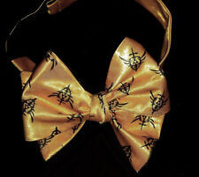 L@@K! Custom Zelda Triforce design gold Bow Tie