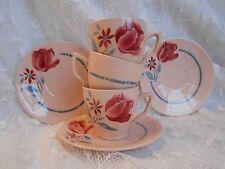 Belles   tasses  anciennes  à   fleurs  . Digoin  décor tulipes