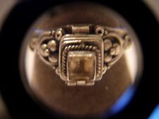 VINTAGE STERLING SILVER PILL POISON RING SIZE 6 YELLOWISH STONE