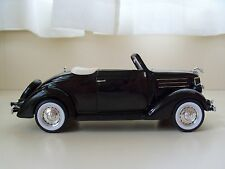 WELLY / EXCITE - 1936 FORD DELUXE CABRIOLET (BLACK) - 1/24 DIECAST MODEL