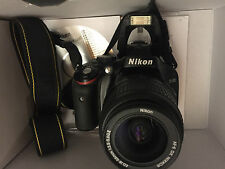 Nikon D D5100 16.2MP Digitalkamera - Schwarz (Kit mit AF-S 18-55mm Objektiv)