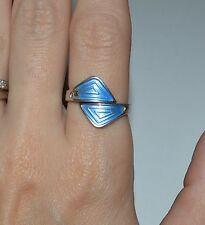 VINTAGE NORWAY STERLING SILVER AND BLUE ENAMEL RING SIZE 7