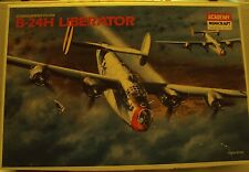 Academy 1/72 Consolidated B-24H Liberator W/Resin & Photo-Etch WWII Kit #1693