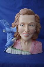Bairstow manor vera lynn stars of the golden era prototype personnage pichet-neuf