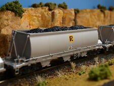 Coal loads to suit On Track Models' CH hopper wagon in HO scale.
