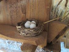 Krippenzubehör - Vogelnest geflochten ( rund) mit 4 Eiern - Handarbeit-