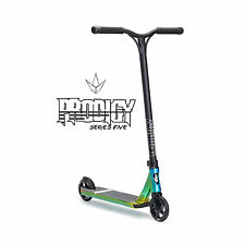 Blunt Prodigy S5 Stunt Scooter – Candy Neo Chrome