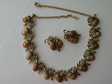 Coro unmarked Acorn Oak wooden necklace, clip-on earrings. Set.