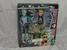 Monster High Deuce Gorgon & Gil Webber Gill Gillington mansters » Noche en Raro