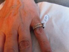 New ~ Unisex ~ Ring ~ Size19mm ~ Love Hearts