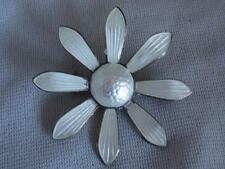 VINTAGE MODERNIST ASKEL HOLMSEN NORWAY STERLING SILVER & ENAMEL DAISY FLOWER PIN