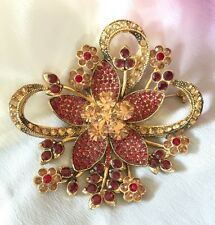 Beautiful Avon 35 Years of Jewelry Collection Brooch Pin Garnet Ruby Gold Tone