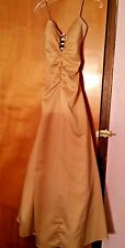 Masquerade Evening Prom, Formal Gold Long Dress size 9/10 Sleeveless Gown