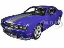 2013 DODGE CHALLENGER SRT PURPLE 1:24 DIECAST MODEL CAR  BY WELLY 24049