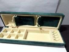 GREEN VELVET JEWELRY BOX TRAVEL DISPLAY SELLERS NICE CONDITION VINTAGE