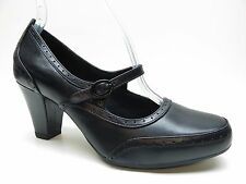 Clarks Artisan Black Leather Mary Jane Brogue Dress Pumps 7.5M 7.5 NEW MSRP $110
