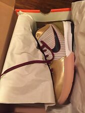 DS 2009 NIKE AIR ZOOM KOBE 4 IV GOLD MEDAL size 11 WHITE GOLD NAVY OLYMPIC FTB