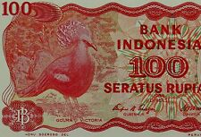 INDONESIA 100 RUPIAH BANKNOTE 1984 VICTORIA CROWNED PIGEON BIRDS ON MONEY