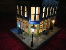 O SCALE MTH 30-90475 -NORMAN'S TAXIDERMY-CORNER BUILDING W/BLINKING SIGN