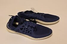 Reebok Travel trainer shoes size 9 v71980