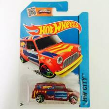 Hotwheels '67 Austin Mini Van - Hot Pick