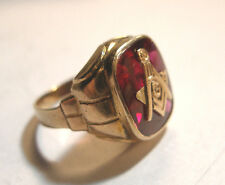 14K Vintage Yellow Gold Mason Masonic Square & Compass Ring Red Stone SZ 8