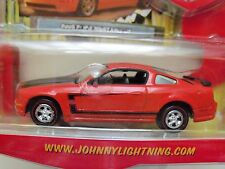 JOHNNY LIGHTNING - MODERN MUSCLE - 2005 FORD MUSTANG GT (RED) DIECAST