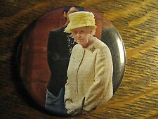 Queen Elizabeth II England UK Yellow Dress Collectible Pocket Lipstick Mirror