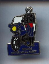 RARE PINS PIN'S .. GENDARMERIE / MOTO BMW NANCY 54 #2Q