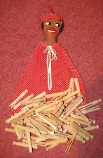 Vintage Black Mammy clothes pin bag & 100 Old Wood Clothes pins Round Head
