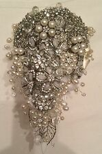 ❤️ Bridal Brooch, Crystals, Pearls - Filigree Hearts Bouquet Wedding Flowers